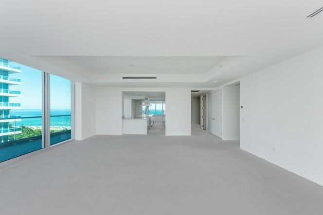 Flow-through corner unit, direct ocean views (photo 3)