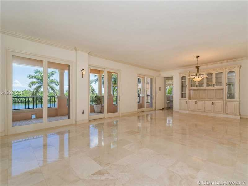 13643 Deering Bay Dr # 125, Coral Gables, FL - USA (photo 4)