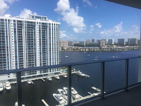 Marina Palms, 17111  Biscayne Blvd  , North Miami Beach, FL - USA (photo 5)