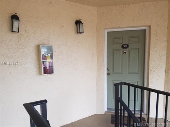 2550 Sw 18th Ter  , Fort Lauderdale, FL - USA (photo 3)