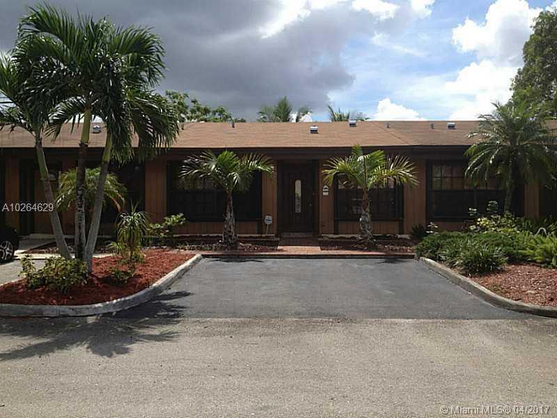10980 Olive Ave # 10980, Pembroke Pines, FL - USA (photo 1)