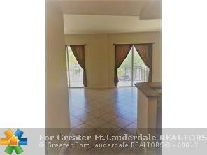 2631 Ne 14th Ave, Wilton Manors, FL - USA (photo 3)