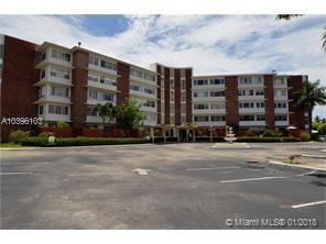 1700 Ne 105th St  , Miami Shores, FL - USA (photo 1)