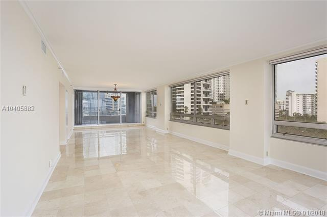 1541  Brickell Ave  , Miami, FL - USA (photo 5)