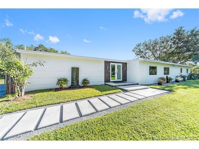 7425 Sw 152 St  , Palmetto Bay, FL - USA (photo 1)