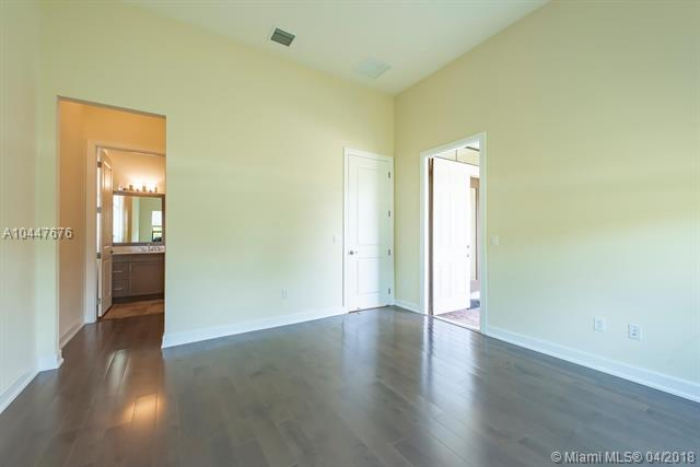 Paragon Estates, 12380 Nw 15th St  , Plantation, FL - USA (photo 5)
