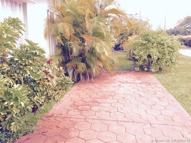 3395 Sw 67th Ave  , Miami, FL - USA (photo 4)