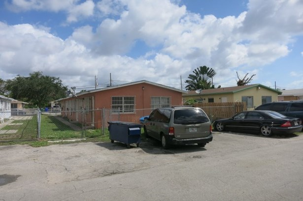 2010 Nw 31st St  , Miami, FL - USA (photo 4)