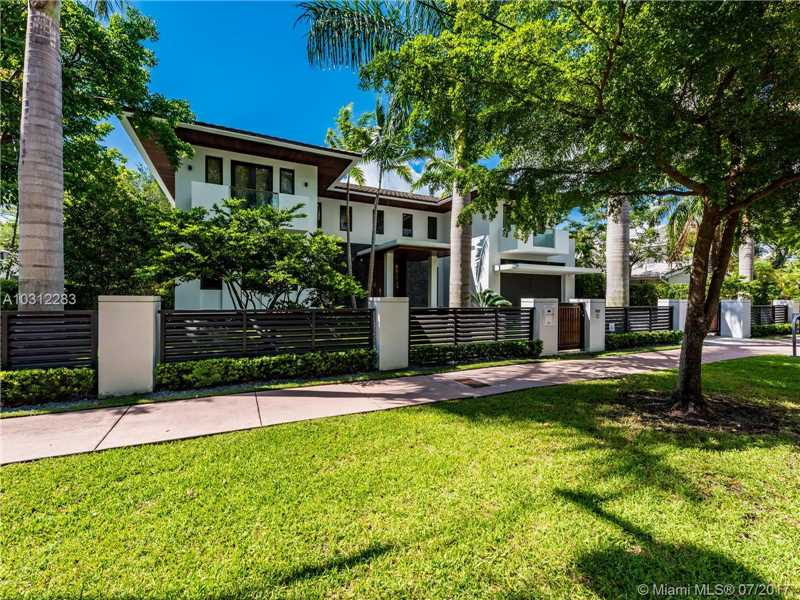 832  Alfonso Ave  , Coral Gables, FL - USA (photo 2)