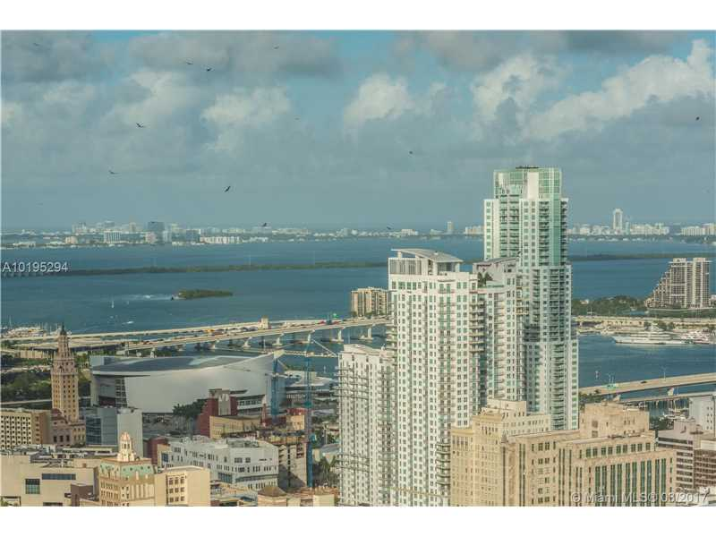 92 Sw 3rd St  , Miami, FL - USA (photo 2)