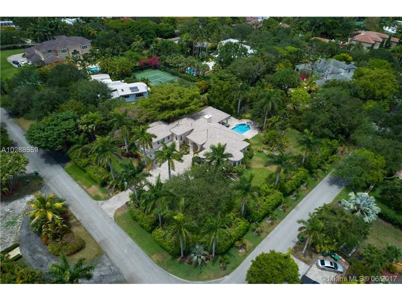 12575 Sw 60th Ct, Pinecrest, FL - USA (photo 4)