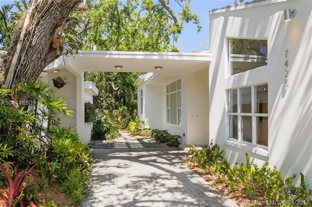 High Pines, 7425 Sw 50 Ct  , Miami, FL - USA (photo 2)