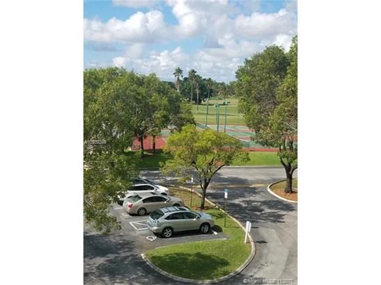 16141  Blatt Blvd  , Weston, FL - USA (photo 1)