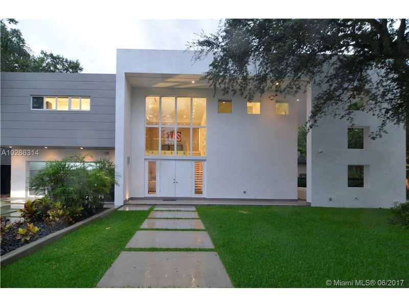 4365  Ingraham Hwy  , Miami, FL - USA (photo 2)