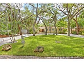 2801  Seminole St  , Coconut Grove, FL - USA (photo 2)