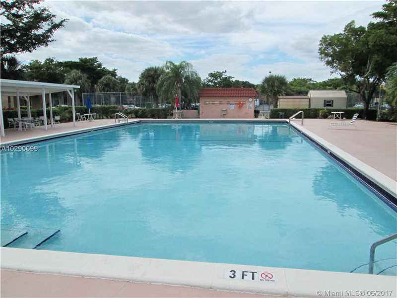 8120 Sw 24th St # 205, North Lauderdale, FL - USA (photo 3)