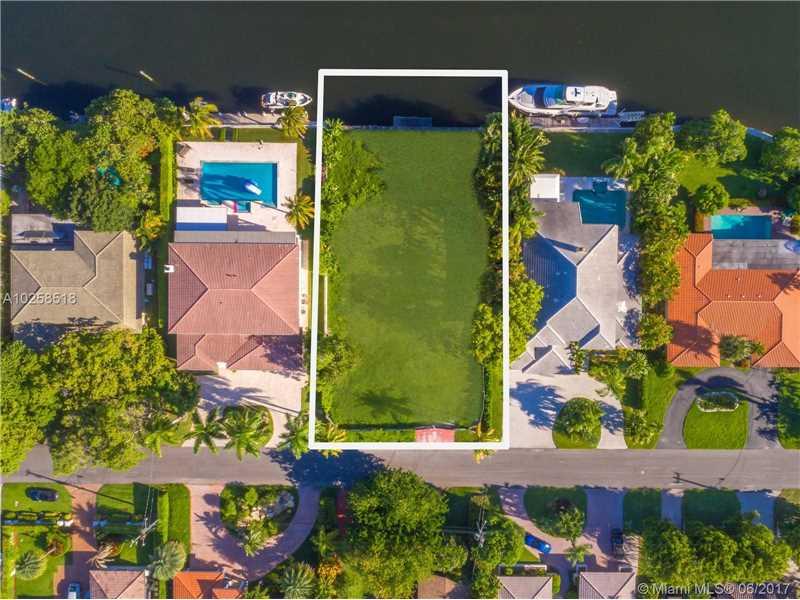 479 Tamarind Drive, Hallandale, FL - USA (photo 4)