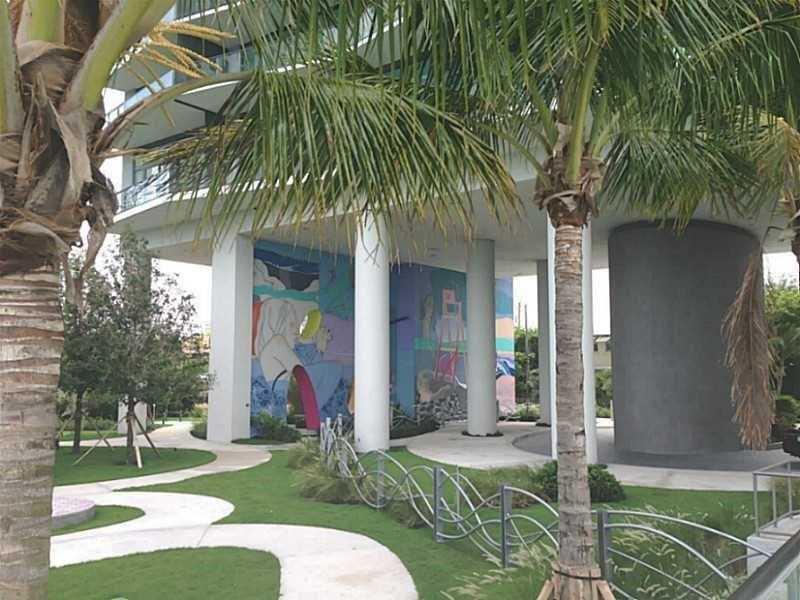 460 Ne 28 # 2003, Miami, FL - USA (photo 2)