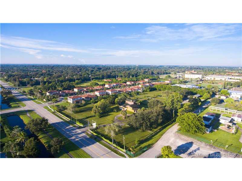 1201 Sw 130th Ave, Davie, FL - USA (photo 1)