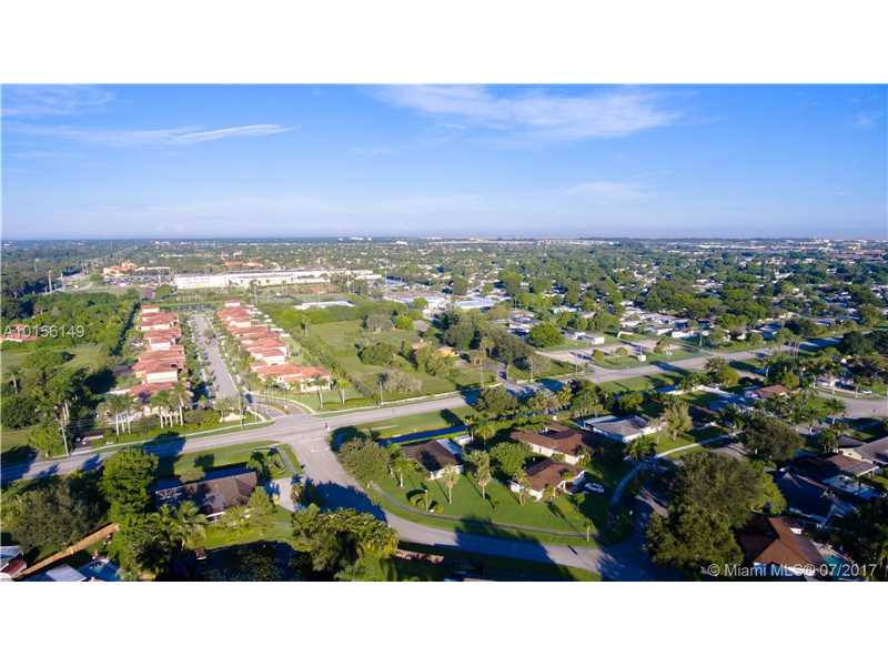 1201 Sw 130th Ave, Davie, FL - USA (photo 4)