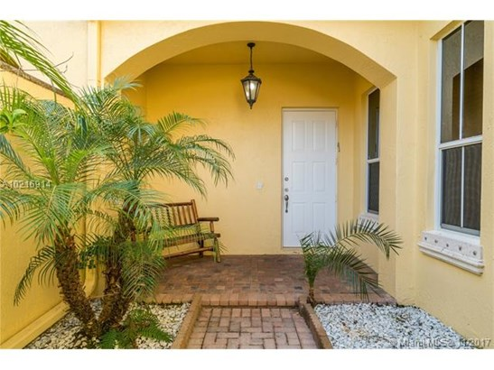 876  Spinnaker Drive West  , Hollywood, FL - USA (photo 3)