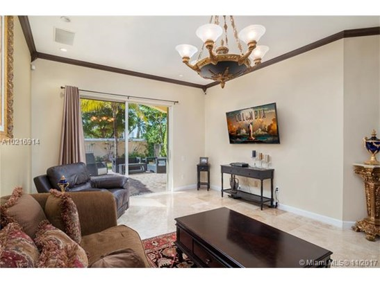 876  Spinnaker Drive West  , Hollywood, FL - USA (photo 5)