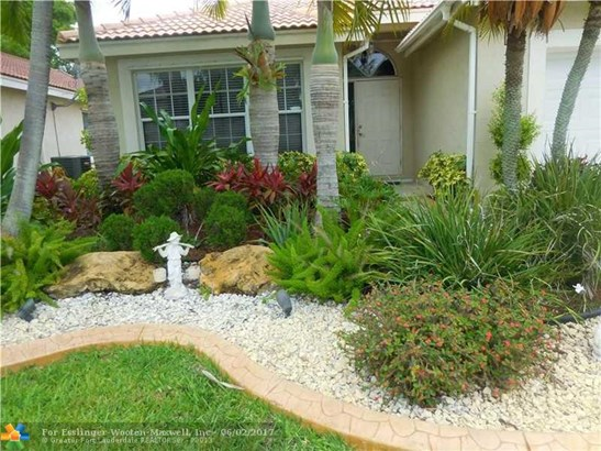 470 Sw 182nd Way, Pembroke Pines, FL - USA (photo 2)