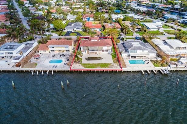 11420 N Bayshore Dr  , North Miami, FL - USA (photo 5)