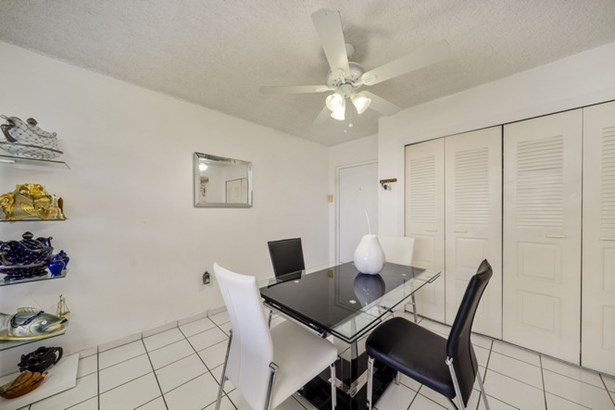 802 Nw 87th Ave  , Miami, FL - USA (photo 2)