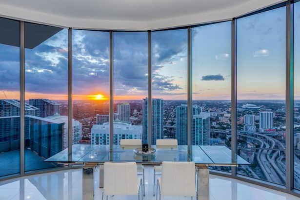 200  Biscayne Boulevard Way  , Miami, FL - USA (photo 1)