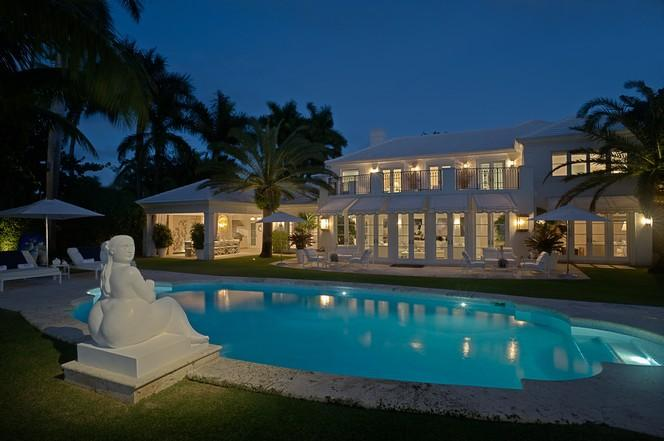 Prestigious Waterfront Estate (photo 1)