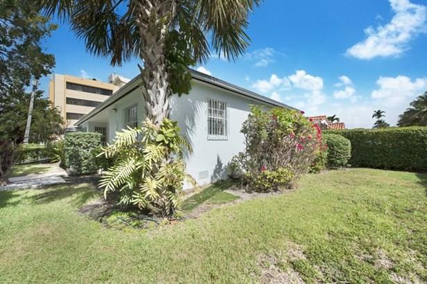 2225 Sw 25th Av  , Miami, FL - USA (photo 2)