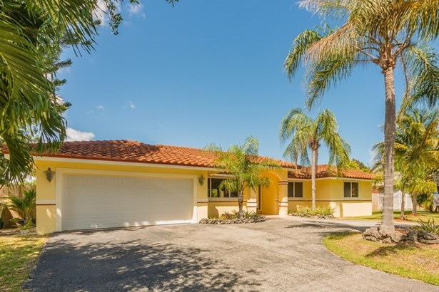 8485 Sw 199 St, Cutler Bay, FL - USA (photo 3)