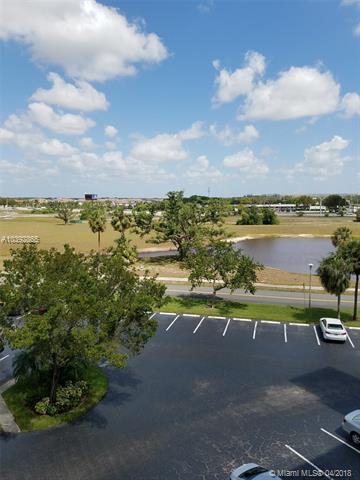 Palm Aire, 3091 N Course Dr  , Pompano Beach, FL - USA (photo 4)