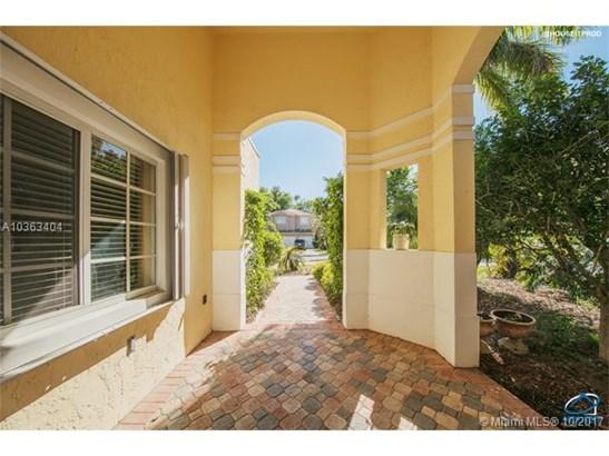 11311 Nw 61 St  , Doral, FL - USA (photo 3)