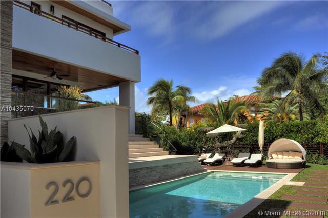 220  Woodcrest Rd  , Key Biscayne, FL - USA (photo 3)