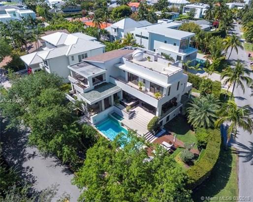 220  Woodcrest Rd  , Key Biscayne, FL - USA (photo 5)