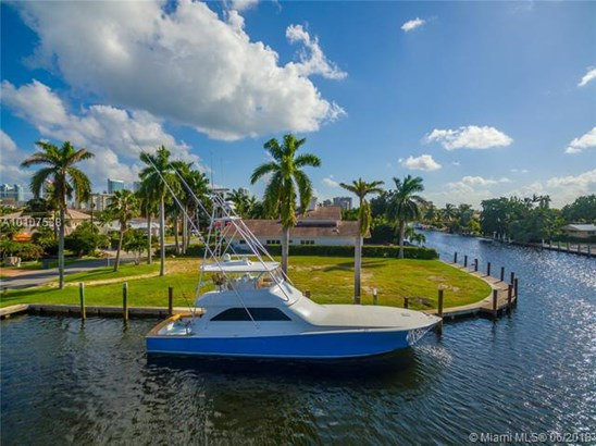 Golden Isles, 485  Sunset Dr  , Hallandale, FL - USA (photo 2)