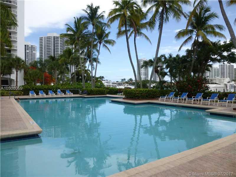 3602 Yacht Club Dr # 406, Aventura, FL - USA (photo 5)