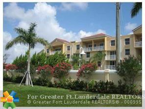 519 E Sheridan St, Dania, FL - USA (photo 2)