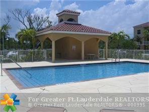 519 E Sheridan St, Dania, FL - USA (photo 3)