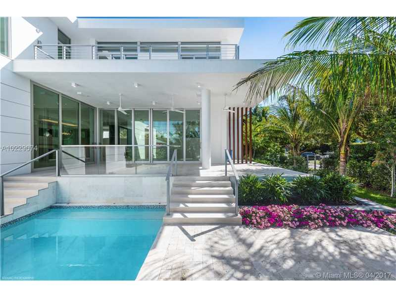 235 Ridgewood Rd, Key Biscayne, FL - USA (photo 2)