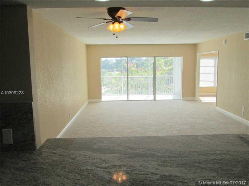 3200 N Palm Aire Dr  , Pompano Beach, FL - USA (photo 5)