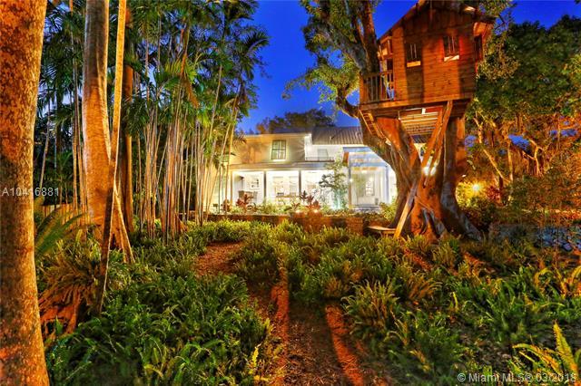 Coconut Grove Manor, 4360  Ingraham Hwy  , Coconut Grove, FL - USA (photo 2)