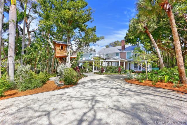 Coconut Grove Manor, 4360  Ingraham Hwy  , Coconut Grove, FL - USA (photo 4)