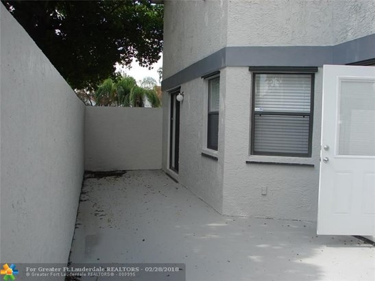 1000 Sw 113th Ter, Pembroke Pines, FL - USA (photo 5)