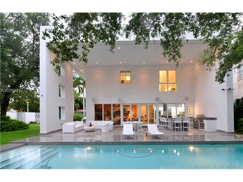 4365 Ingraham Hwy, Miami, FL - USA (photo 1)