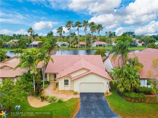Country Isles, 2088  Augusta, Weston, FL - USA (photo 1)