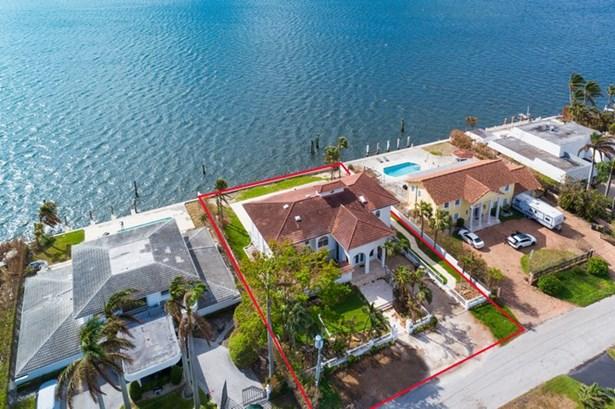 11420 N Bayshore Dr  , North Miami, FL - USA (photo 4)