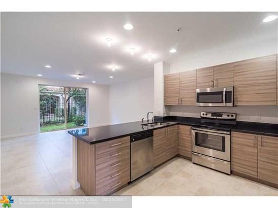 2844 Sw 81 Terrace, Miramar, FL - USA (photo 1)